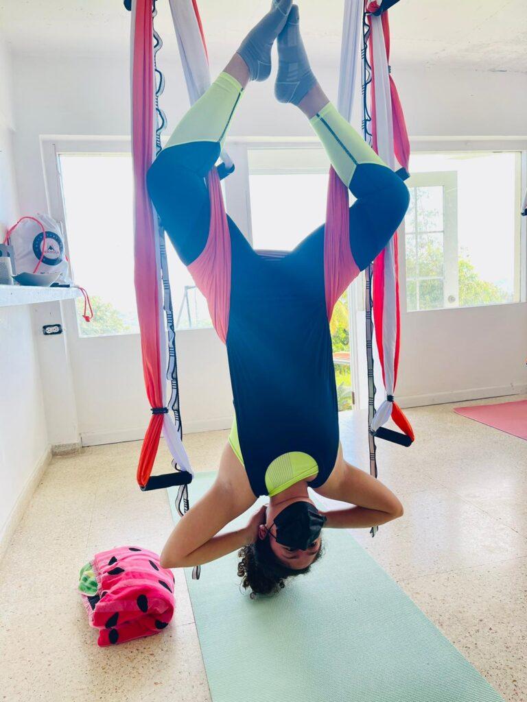clases yoga aérea