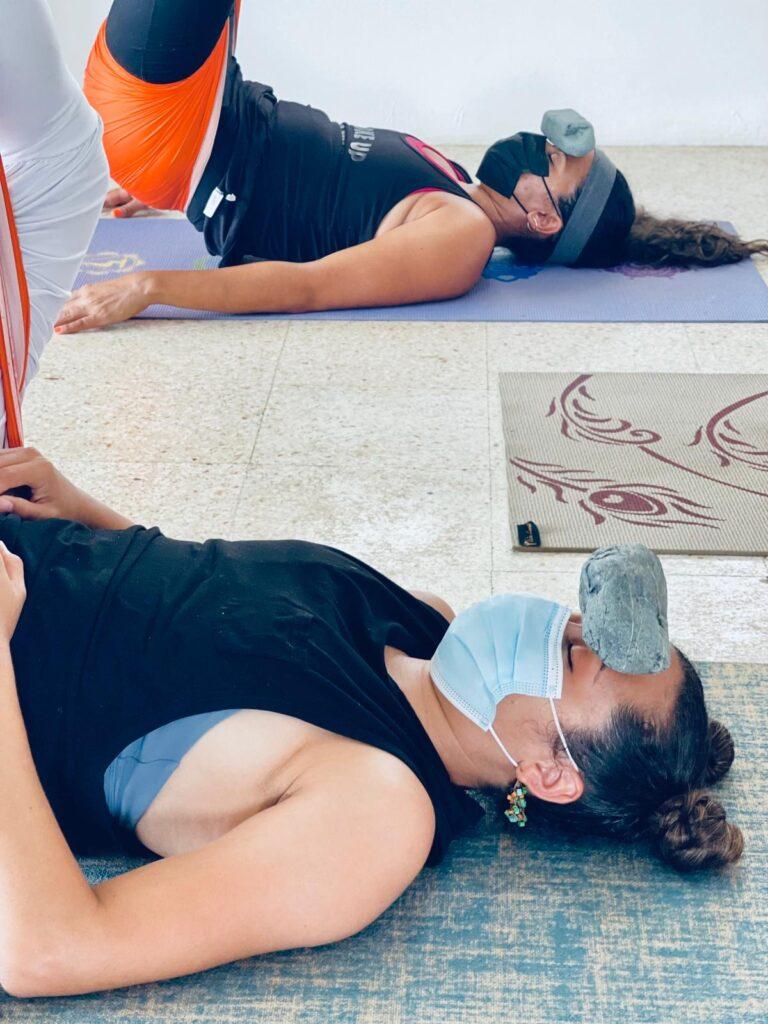 ejercicio aeroyoga