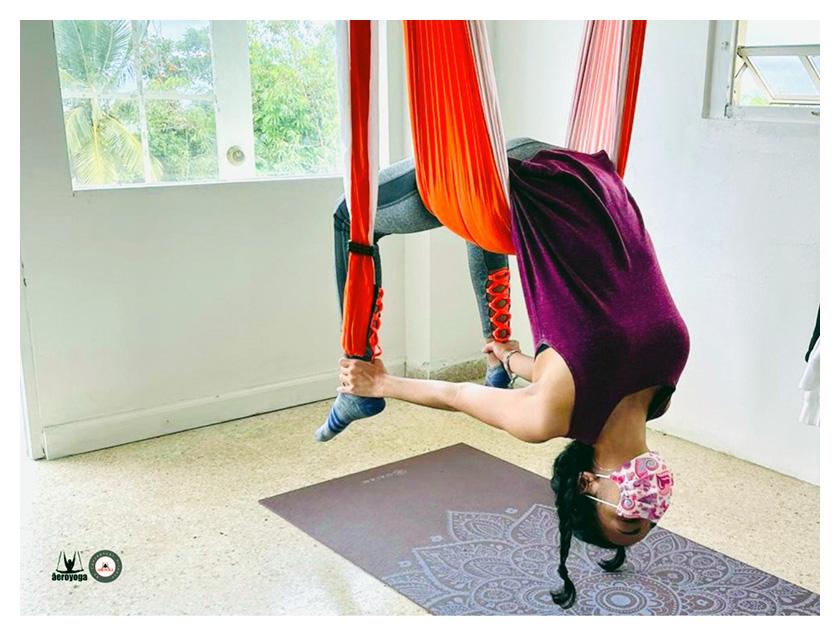 qué es yoga aéreo